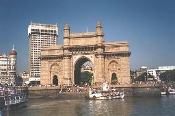 medium_India-Mumbai-aka-Bombay-the-Gateway-To-India-and-Taj-Mahal-Intercontinental-hotel-SMO.jpg