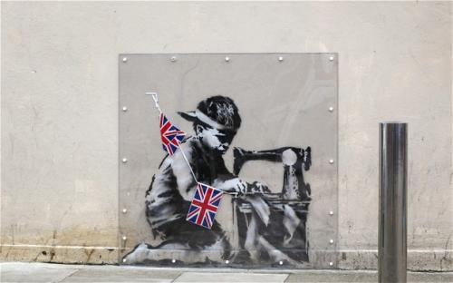 banksy-there_2490682b.jpg